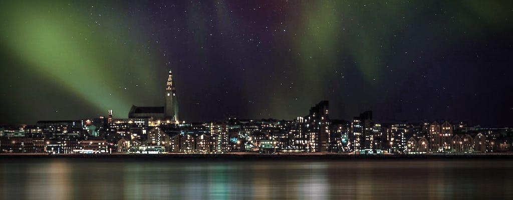 Crucero en yate de lujo auroras boreales en Reikiavik