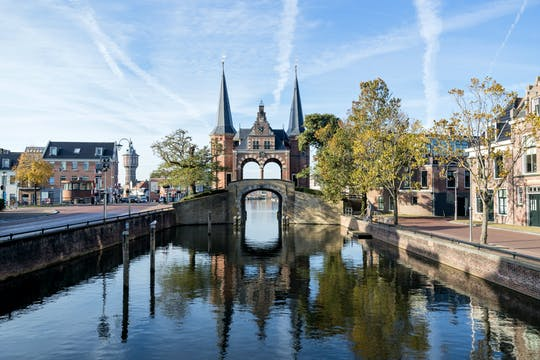 Walking tour in Sneek with a self-guided city trail