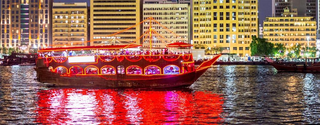 Cruzeiro com jantar em dhow em Dubai Creek com embarque em Sharjah