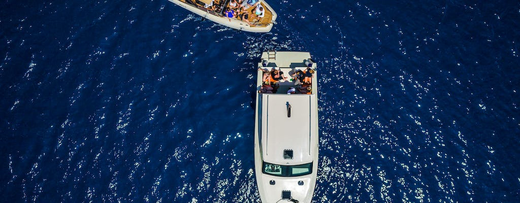 Speed boat tour to the Blue lagoon from Split