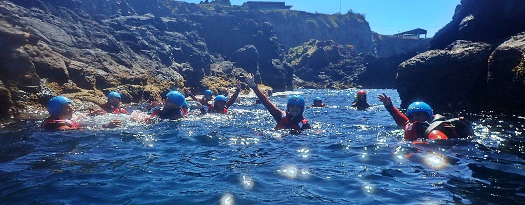Experiencia de coasteering en Caloura