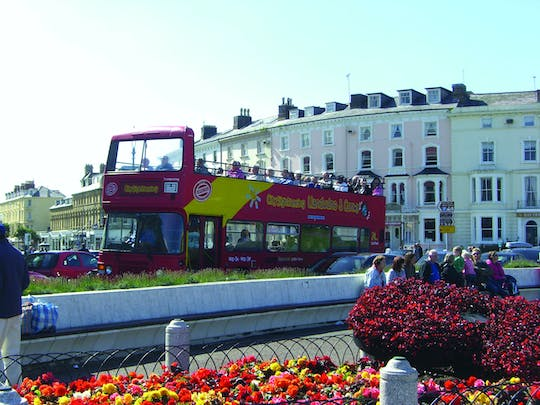 Hop-On Hop-Off-Bustour durch Llandudno