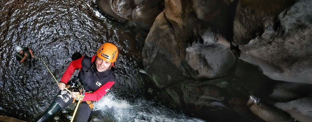Canyoning-Erlebnis im Salto do Cabrito Wasserfall
