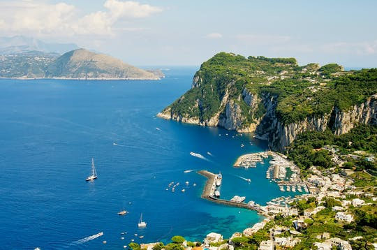 Capri tour by luxury schooner with lunch on board and snorkeling