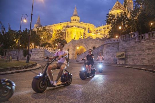 Visite guidée du coucher du soleil et de la nuit à Budapest en scooter électrique