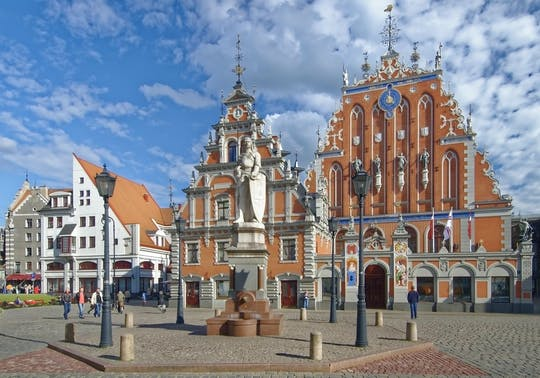 Riga Old Town and Central Market guided tour