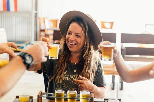 Maui lunch and brewery tour experience