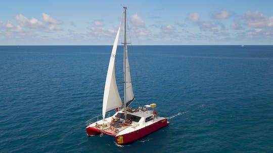 Tongarra Whitsundays 2 días 2 noches de aventura en velero