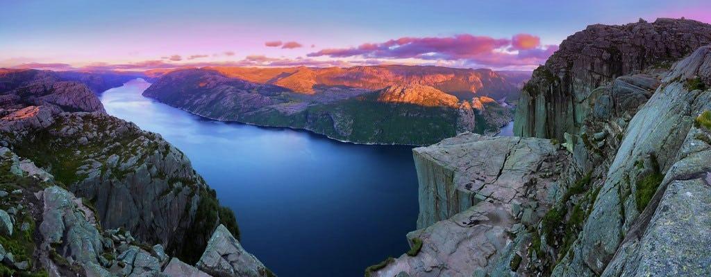 Tour di un giorno autoguidato a Lysefjorden e Pulpit Rock in estate