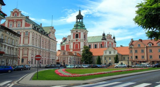 Poznan Srodka District and Cathedral Island private walking tour