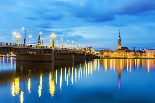 Riga ghost tour con degustazione di balsamo