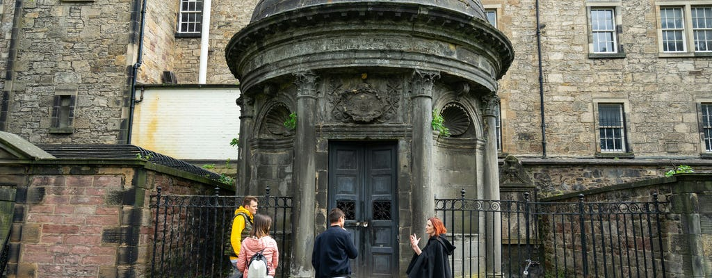 Sinister Edinburgh's Old Town walking experience