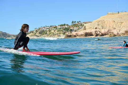 Los Cabos private Surfstunde an der Costa Azul