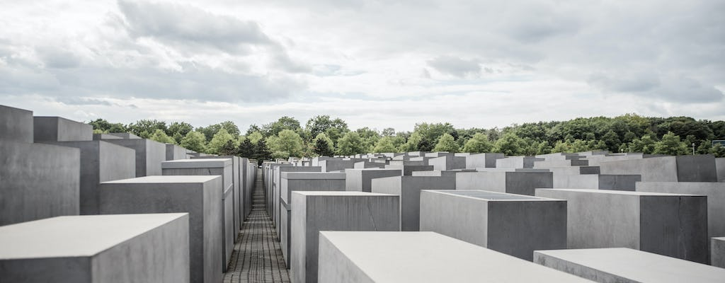 Berlin past and present - private and personalized history experience