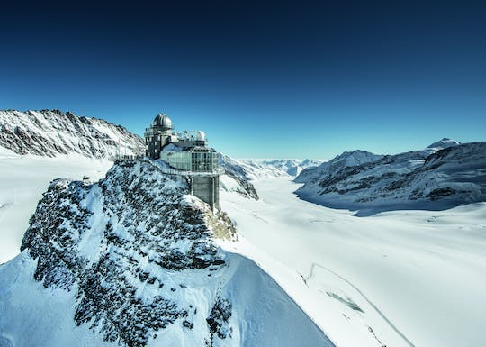 Visita guidata privata a Jungfraujoch, il Top of Europe da Basilea