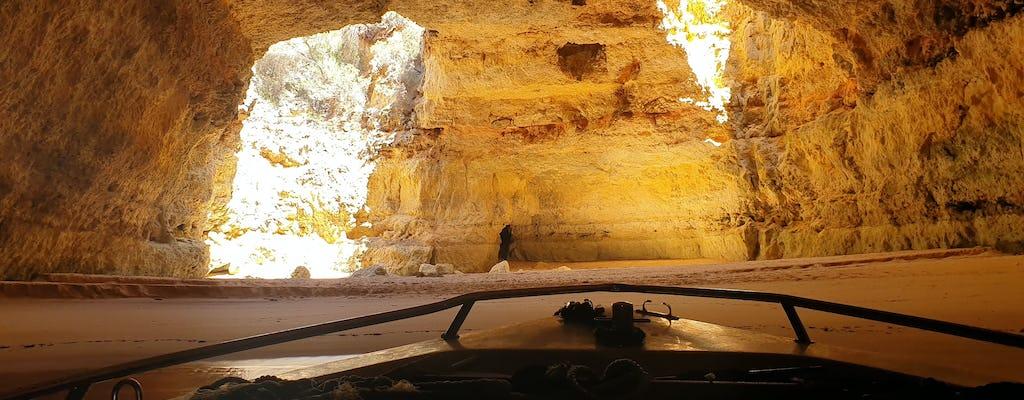 Passeio de barco privado nas cavernas Benagil ao nascer ou pôr do sol