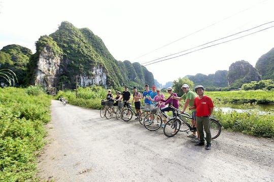 Полный рабочий день, провинции Ниньбинь экскурсия из Ханоя