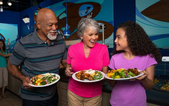 SeaWorld® Orlando Up Close Dining