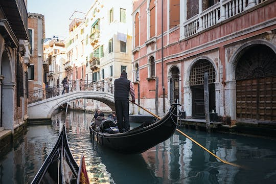 Private Grand Canal gondola serenade tour