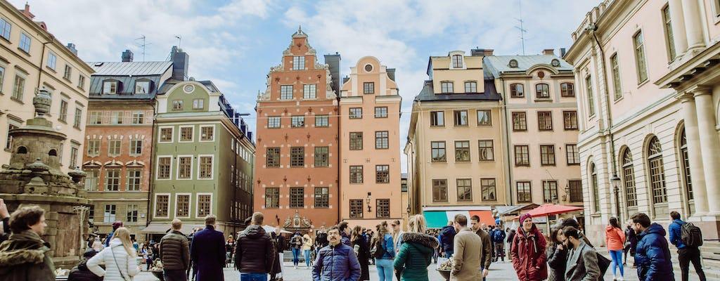 Desfrute de uma excursão personalizada de meio dia em Estocolmo com um morador