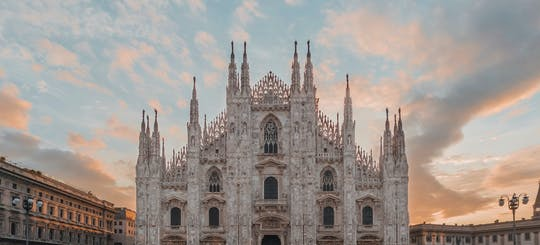 Personalized private tour of Milan with a local