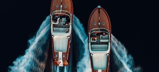 Esperienza in motoscafo Riva sul Lago d'Iseo e Monte Isola con minivan privato da Bergamo