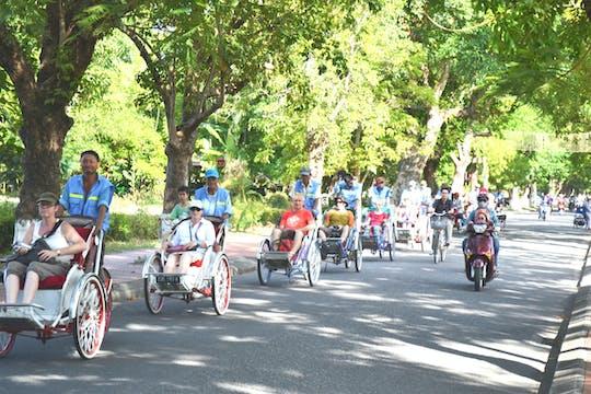 Hue street food tour guidato di cyclo