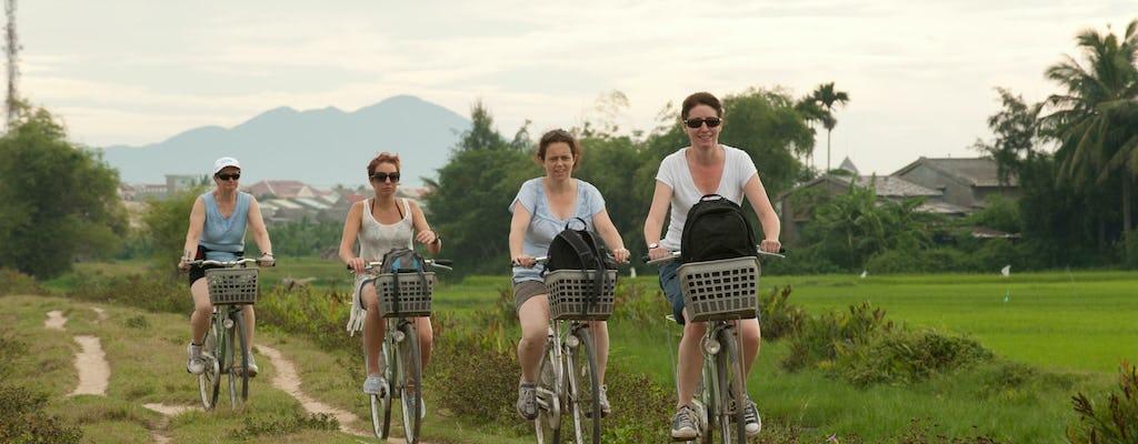 Experiencia en barco y bicicleta en Hoi An con barbacoa al atardecer