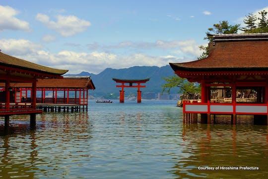 Itsukushima-schrijn: veerboottocht van een halve dag met kleine groepen