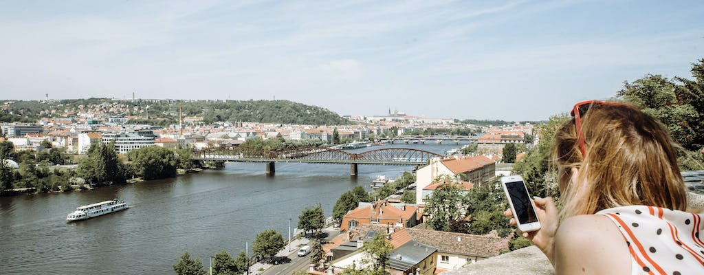 Enjoy a personalized half-day tour in Prague with a local