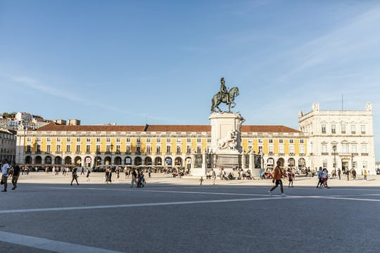 Kickstart your trip to Lisbon with a local - private and personalized tour