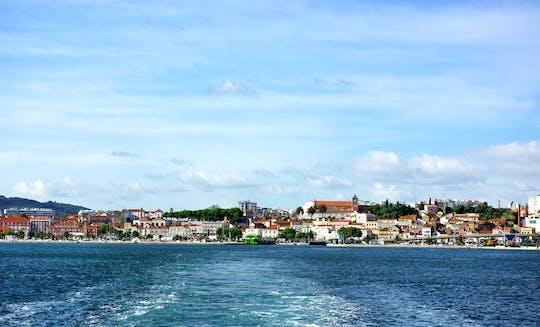 Passeio de barco privado no rio Sado e no Oceano Atlântico