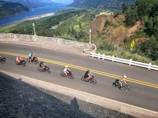 Recorrido en bicicleta por las cascadas ocultas de la garganta del río Columbia