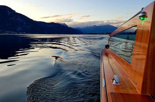 Cruzeiro de barco em estilo veneziano para vilas no Lago Como