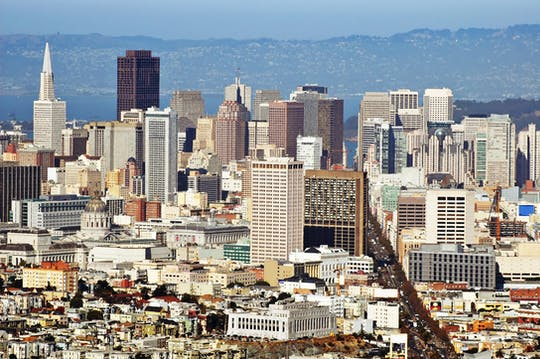 San Francisco Grand City bus tour with 4-hour bike rental