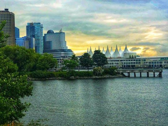 Esperienza privata di Vancouver con tour della città, Flyover Canada e Vancouver Lookout
