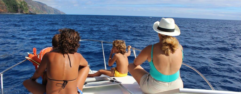 Tour privado de observação de baleias e golfinhos