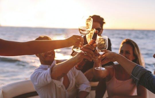 Rejs z kolacją krajoznawczą na Gold Coast?