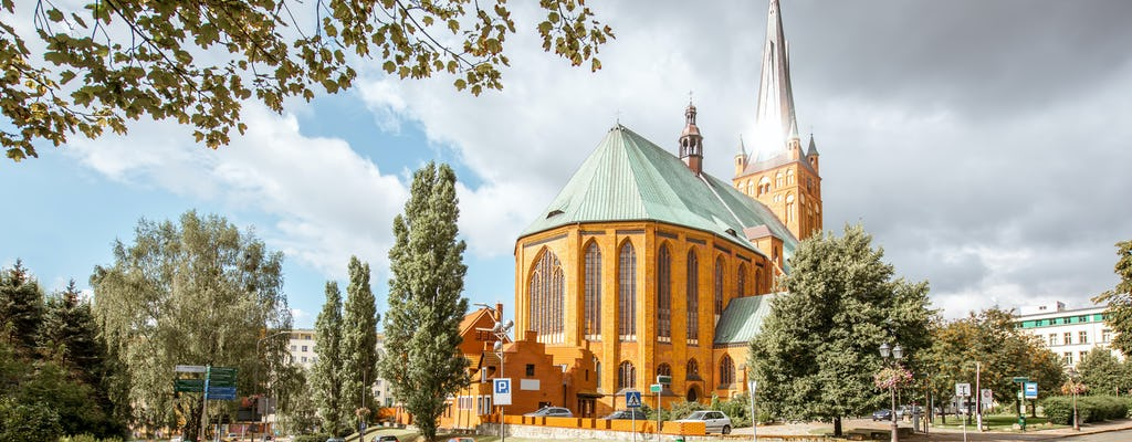 Cathedral Basilica of St James the Apostle ticket and Old Town highlights tour