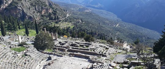 Guided Delphi Oracle and Parnassus day tour
