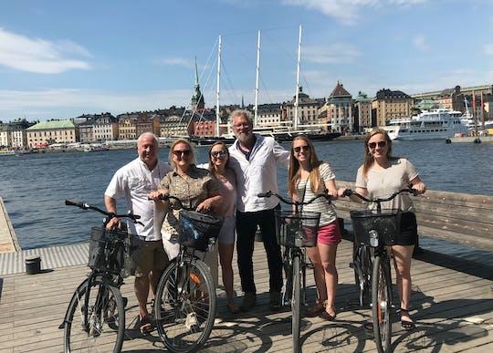 Descubre lo mejor de Estocolmo en un tour privado en bicicleta.