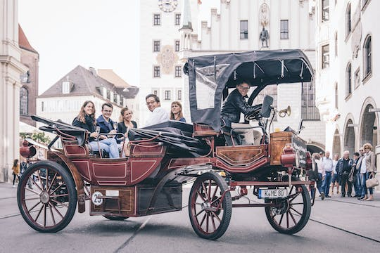 Munich 2-hour electric carriage sightseeing tour