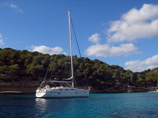 Yacht Charter Day - Sail Palma Bay