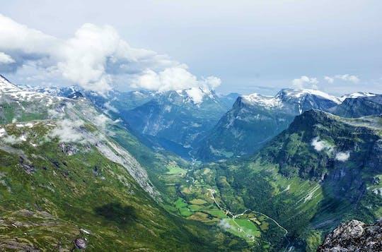 Odwiedź Mount Dalsnibba i Eagle Road z Geiranger