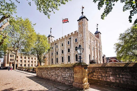 Tower of London entrance ticket with self-guided audio tour