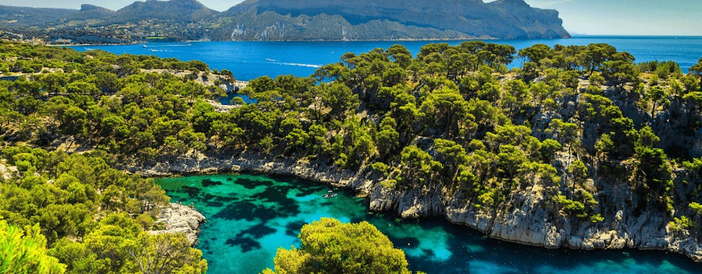 Visit Aix-en-Provence and the calanques of Cassis from Nice