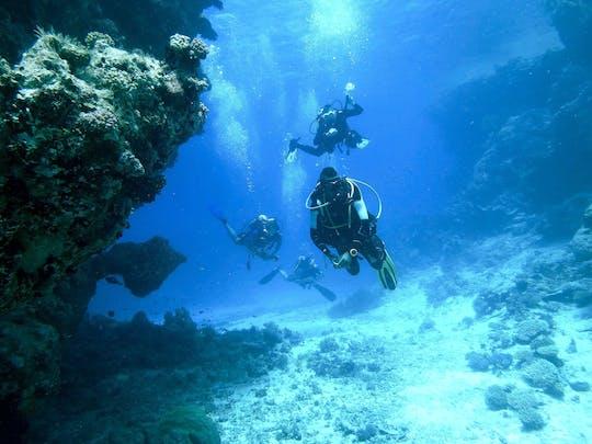 Podwójne nurkowanie w Binibeca z własnym sprzętem