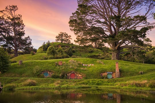 Middle earth experience - Hobbiton movie set and Te Puia geothermal valley