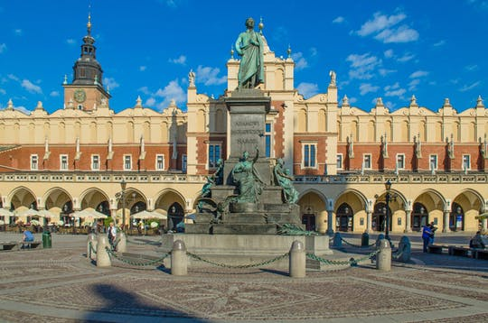Krakow private city highlights tour by electric car