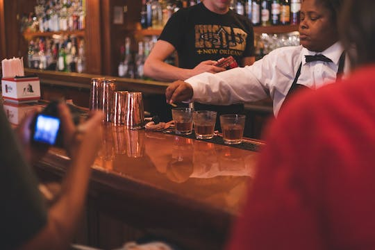 New Orleans guided cocktail tour